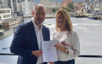 Sjømatbedriftene og Smak av Kysten inngår samarbeidsavtale