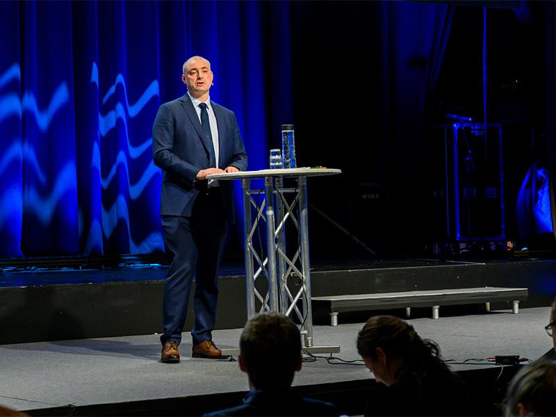 Adm dir for Sjømatbedriftene, Robert Eriksson på scenen under Sjømatdagene 2018
